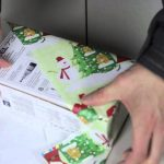 Diagonal wrapping trick can wrap gifts in less than 15 seconds